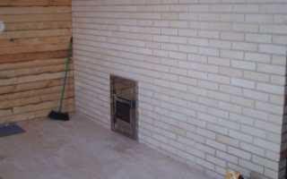 Как сделать стыковку стен в бане из кирпича и бревна?